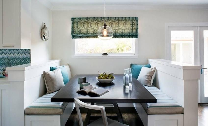 диван на кухню с подушками