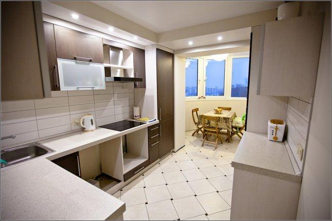 белая кухня 13 кв. метров