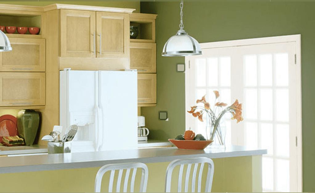 оливковые стены на кухне