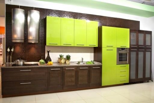 коричневый с зелёным на кухне