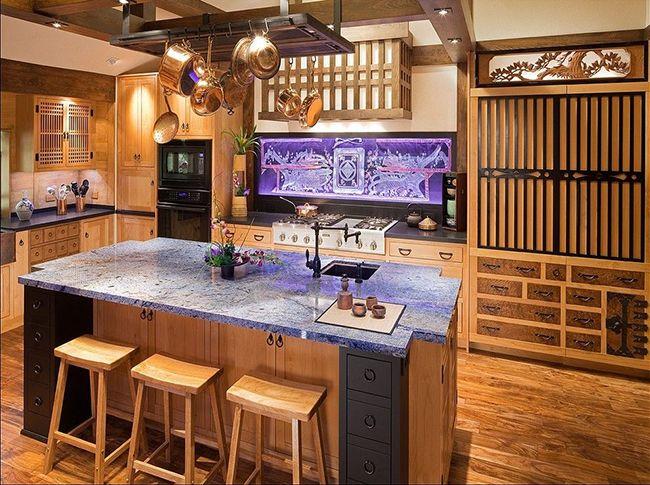 красивый интерьер островной кухни