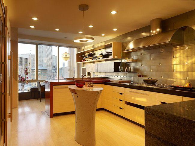 красивый интерьер П-образной кухни