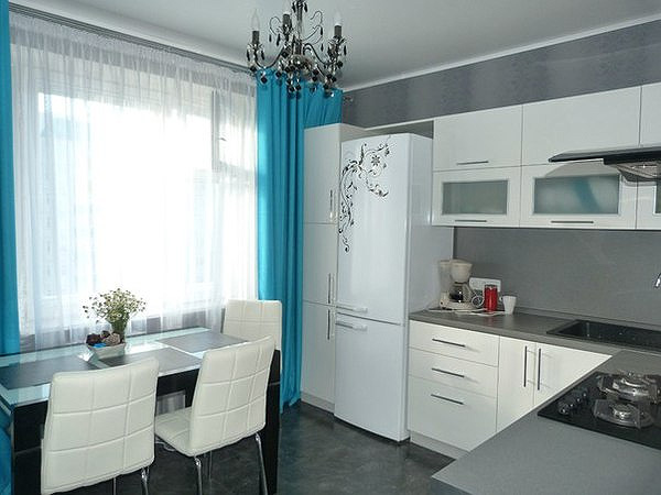 белая кухня 10 кв.м