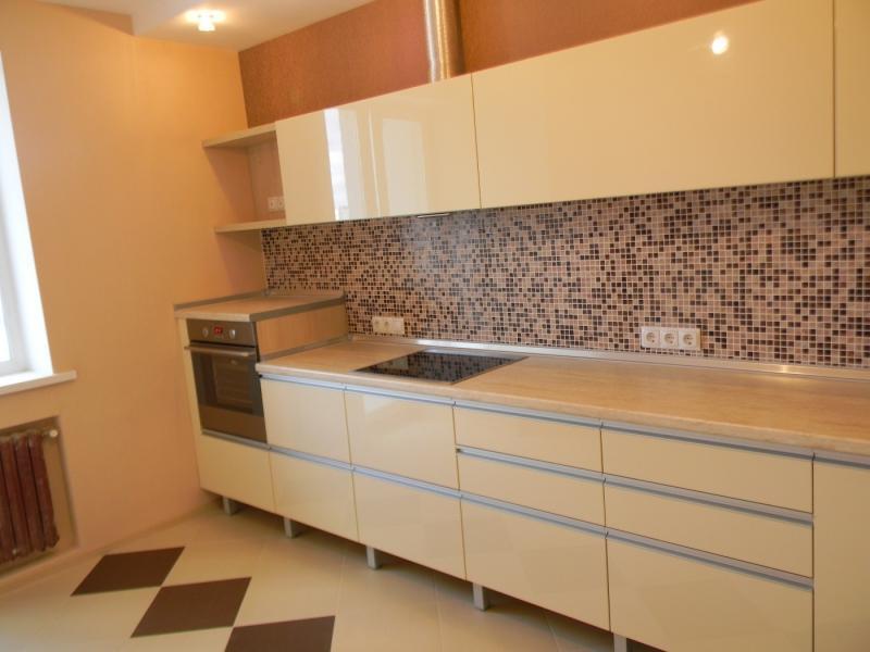 бежевая кухня 10 кв.м