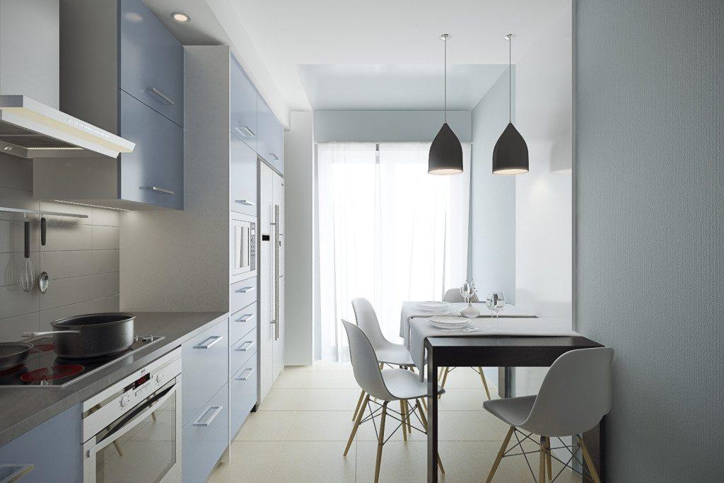 кухня 3 на 3 метра с потолочным освещением