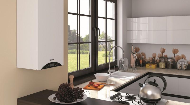 газовый котёл на стене кухни