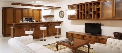 деревянная кухня столовая