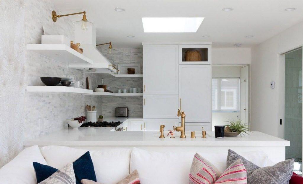 стильный белый на кухне в стиле хай тек 2017