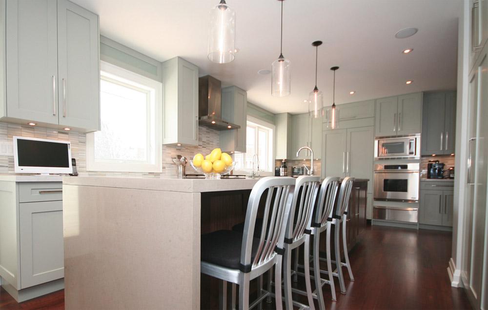 люстра для кухни с энергосберегающими лампами