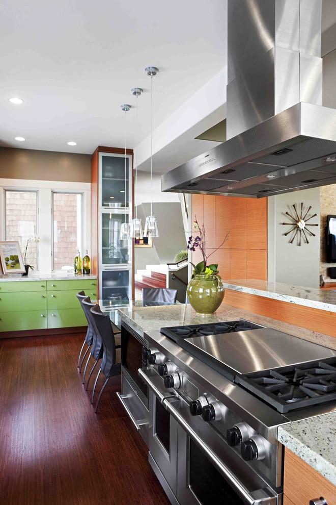 оранжевый и зелёный на кухне