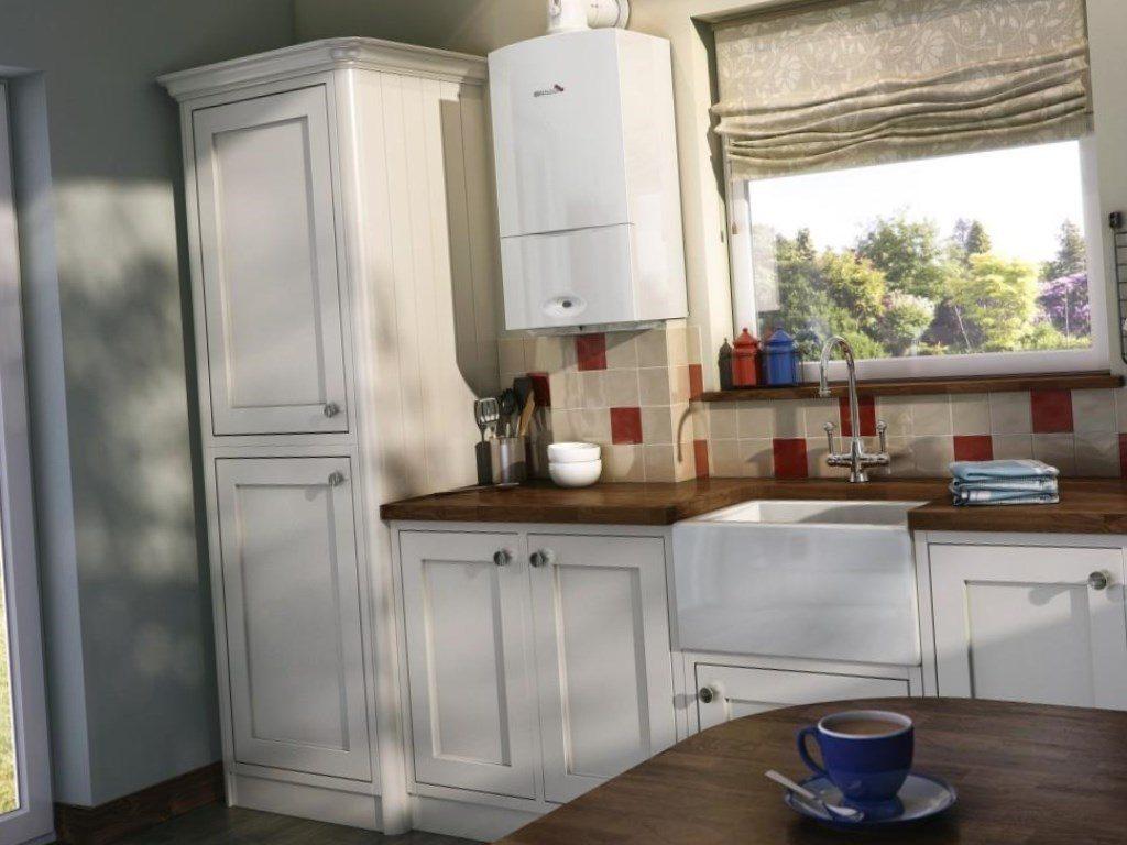 водонагреватель на кухне