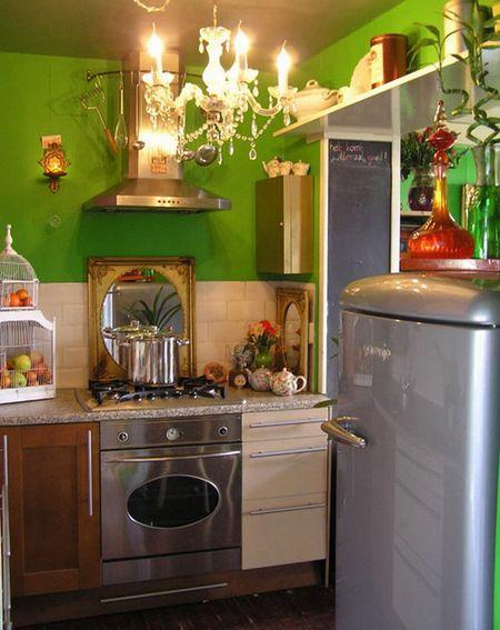 зелёный на кухне 2 на 3 метра