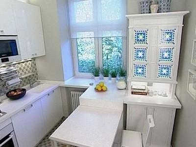 белый гарнитур на кухне 2 на 3 метра