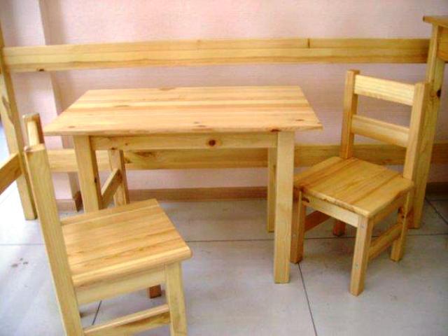 деревянныйт стол со стульями своими руками