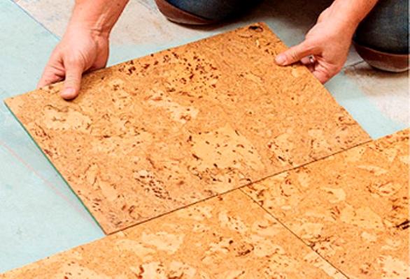 Укладка пробкового пола на кухне