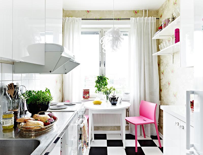 светлая кухня в хрущёвке