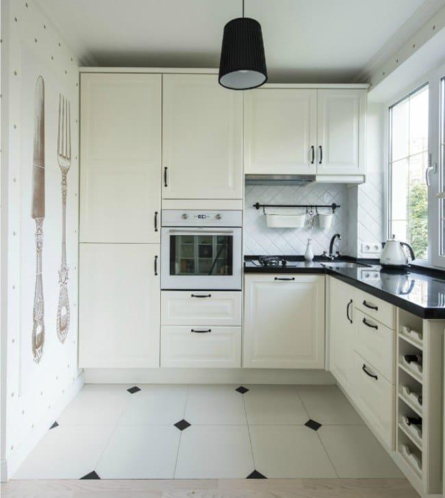 белая кухня в хрущёвке