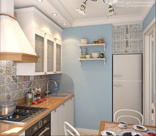 голубой в интерьере кухни в хрущёвке