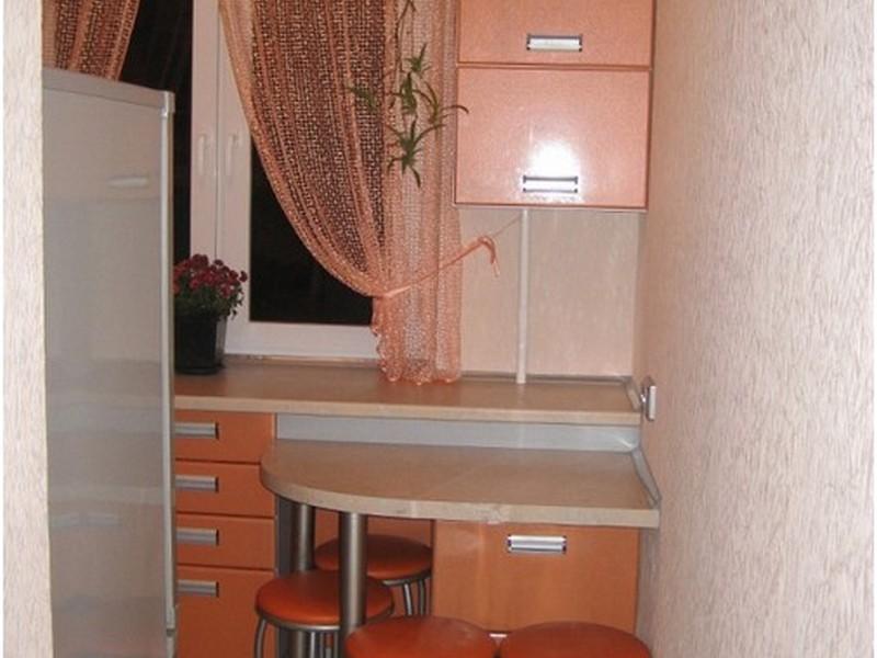 столик на кухне в хрущёвке