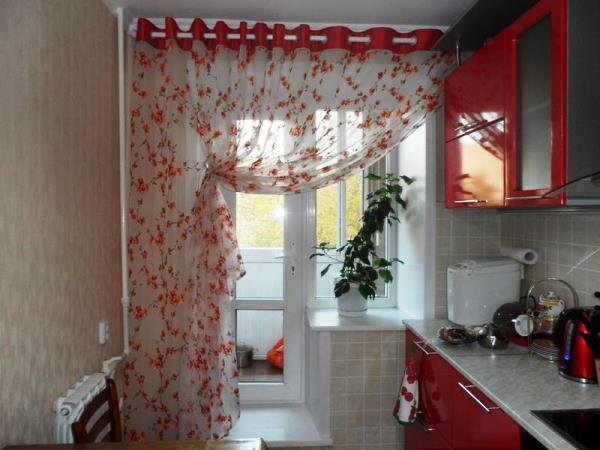 Балконные шторы для кухни