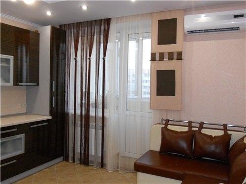 шторы прозрачные для кухни с балконной дверью