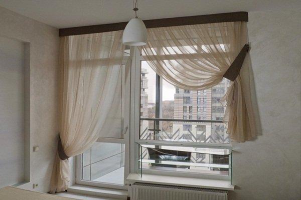 занавески для кухни с балконной дверью