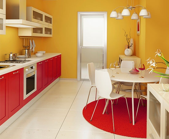 жёлтый с красным на кухне