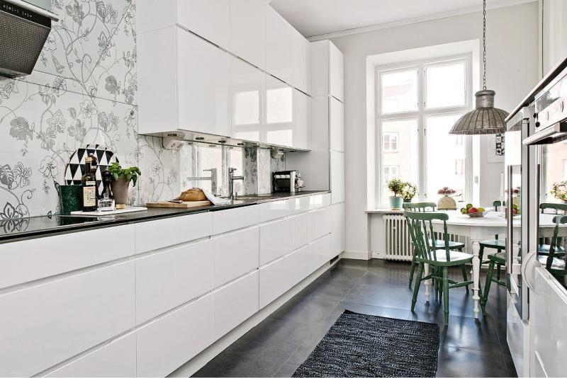 белая кухня 11 кв.м.
