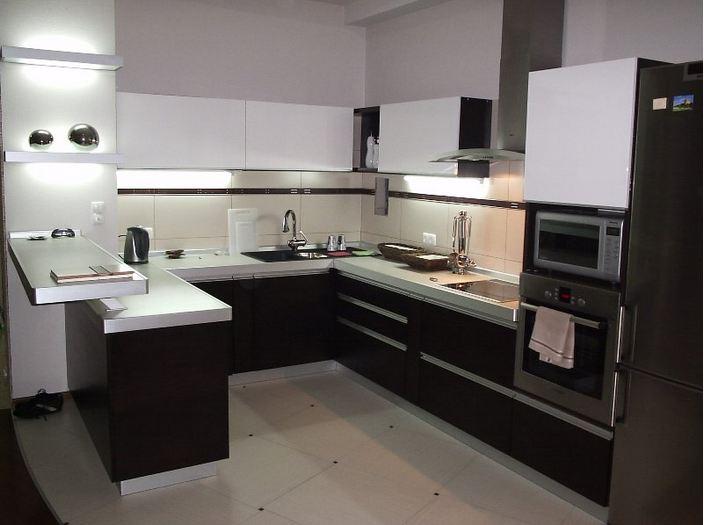 П-образная кухня 7 кв.м.