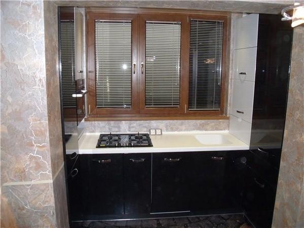 кухня на балконе с плитой
