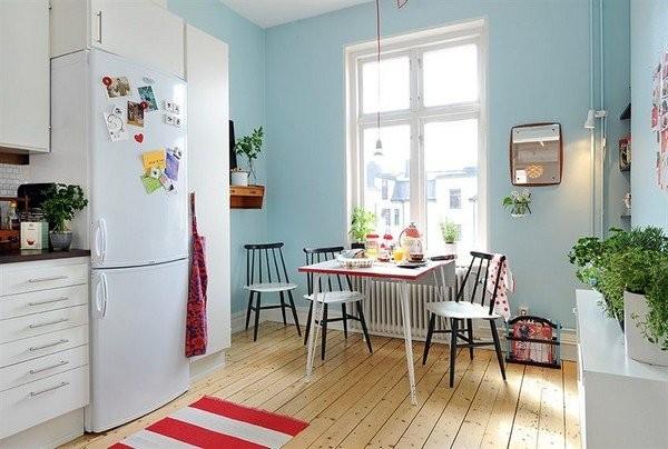 голубой цвет стен на кухне в скандинавском стиле