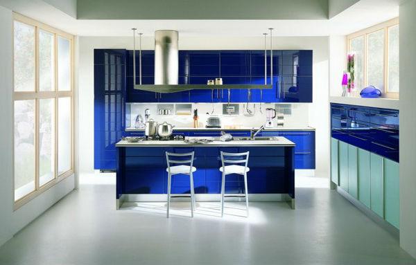 синий на кухне в стиле хай тек 2017