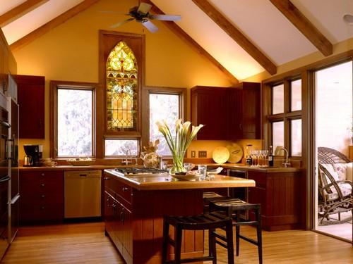 окно-витраж на кухне