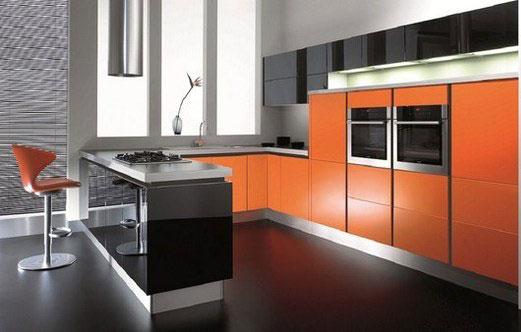 Черный и оранжевый на кухне