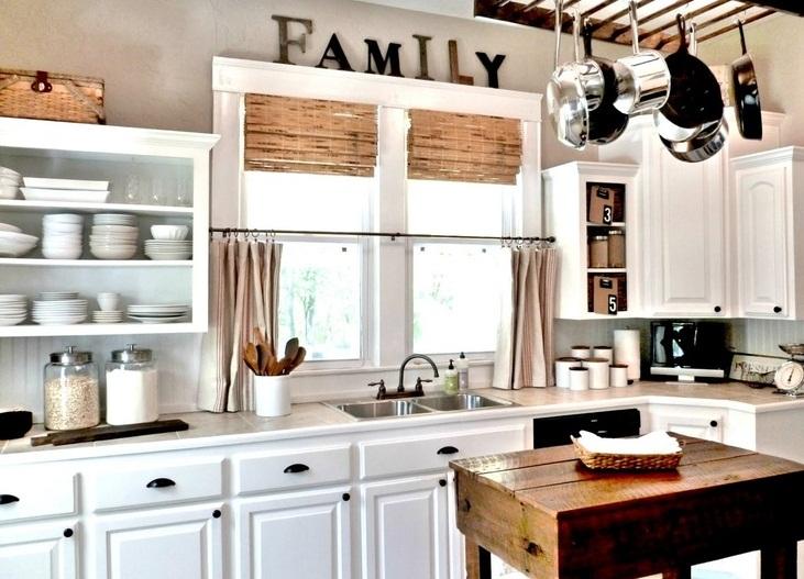 бежевые занавески на кухню