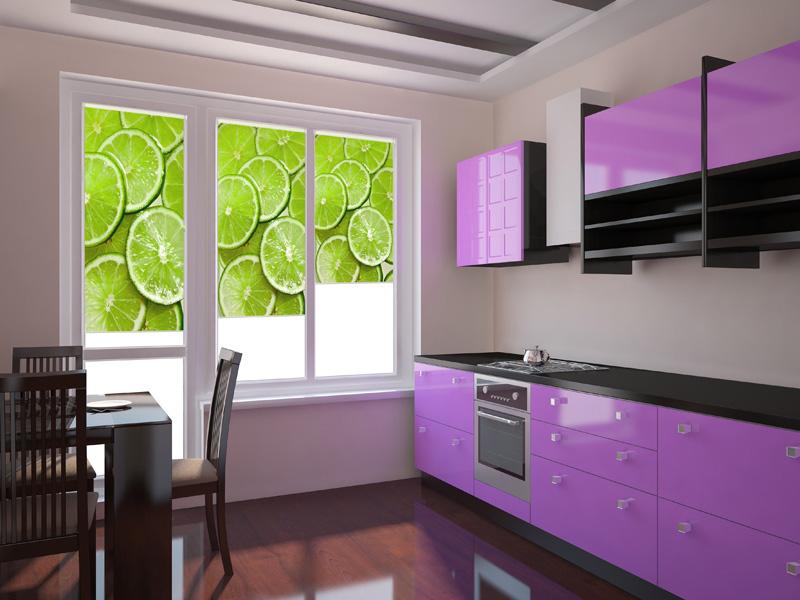 рулонные шторы для кухни с балконной дверью